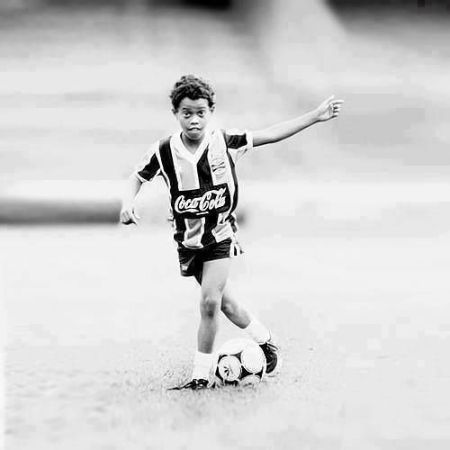 Ronaldinho Early Life