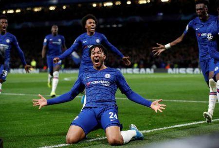 Chelsea vs Ajax, James
