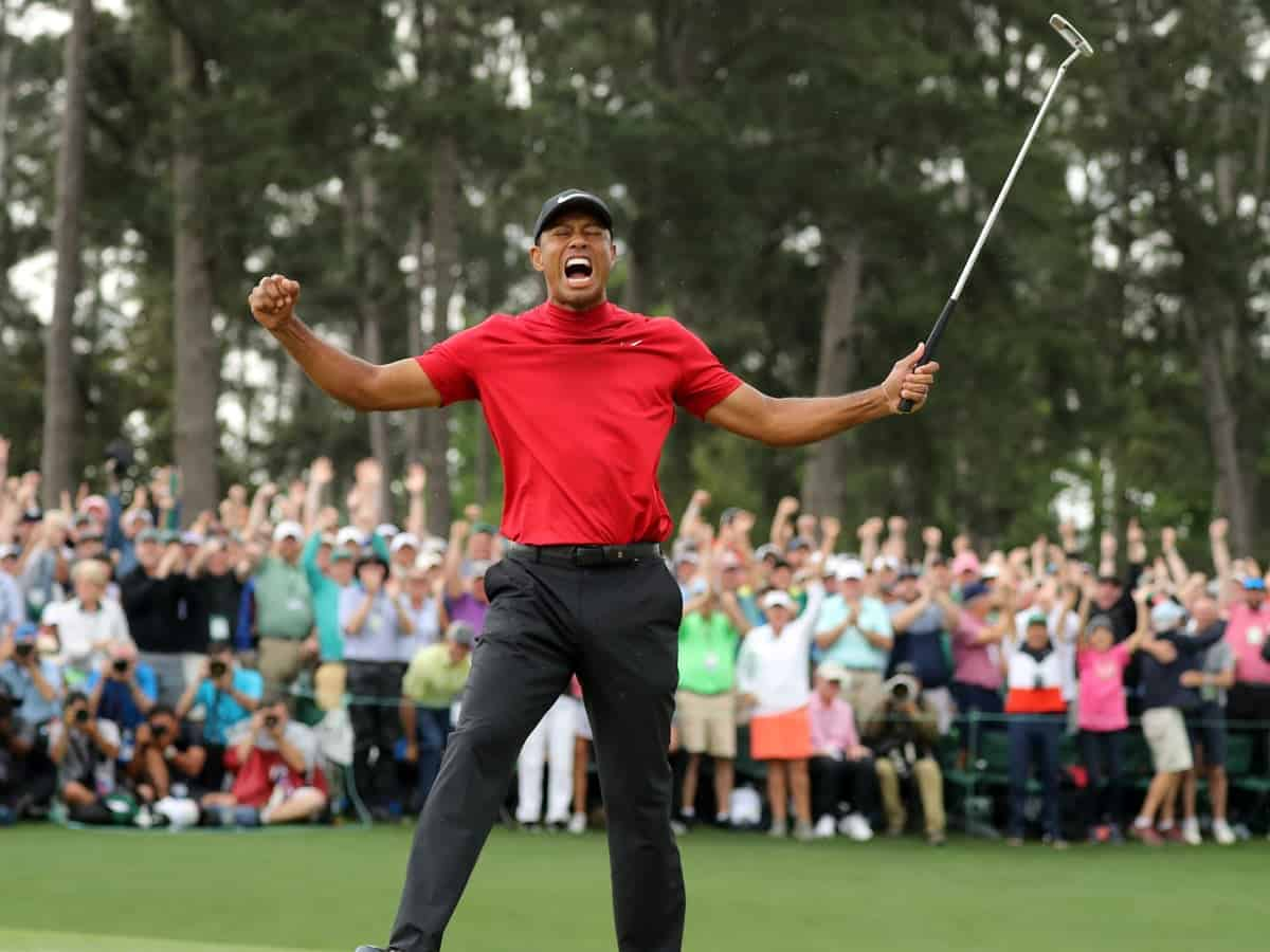 Tiger Wood roars at victory