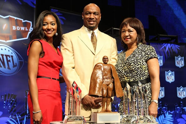Walter Payton with his family, Conni Payto and Brittne Payto