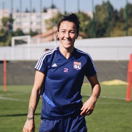 Lucy Bronze age