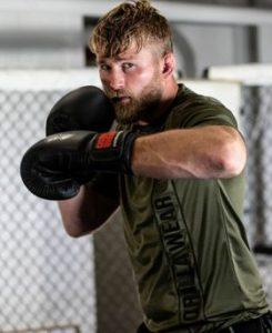 Alexander Gustafsson while training