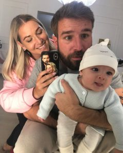 Domi with Husband and Kids