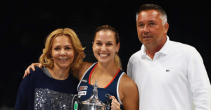 Domi with her Parents