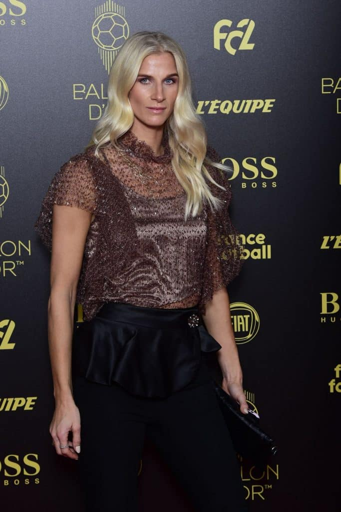 Sofia Jakobsson clad beautifully for a event.