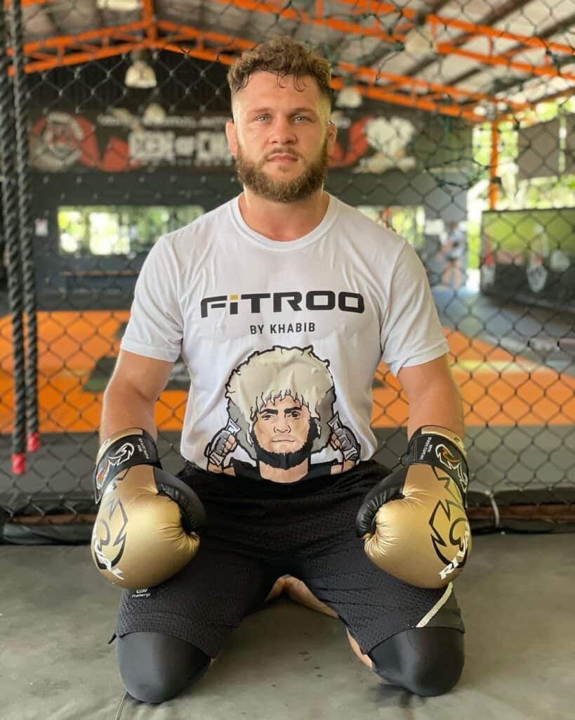 Fiziev posing UFC