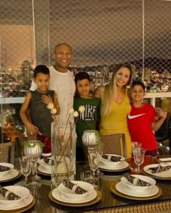 ronaldo souza family