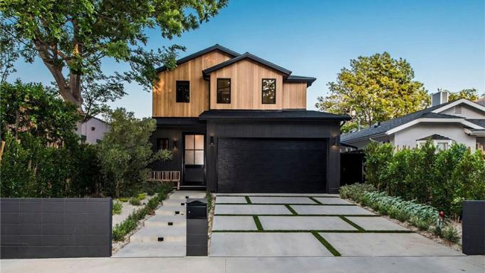 Blake Griffin real estate