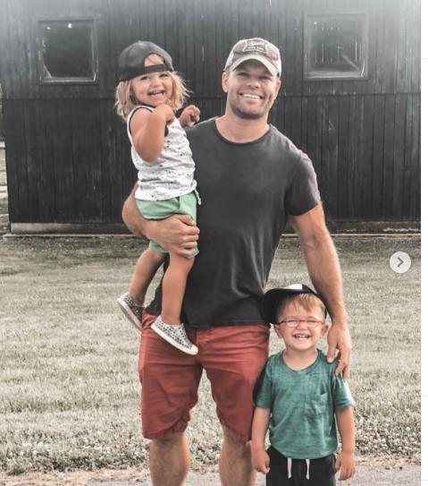 Jen's husband Wes Chathom and kids