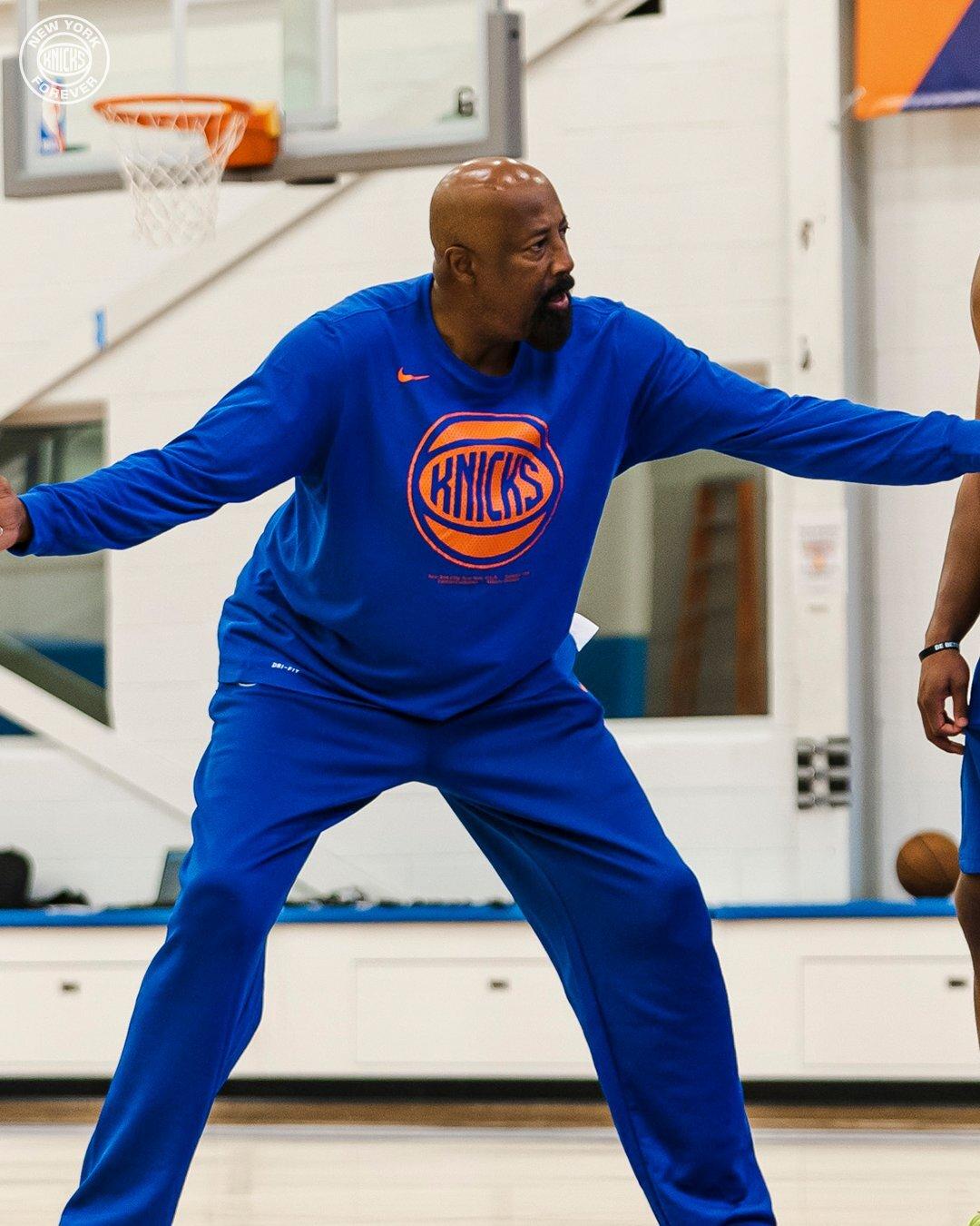 Knicks Head Coach Mike Woodson