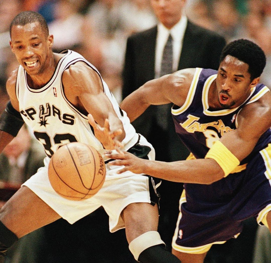 Sean Elliott And Kobe Bryant