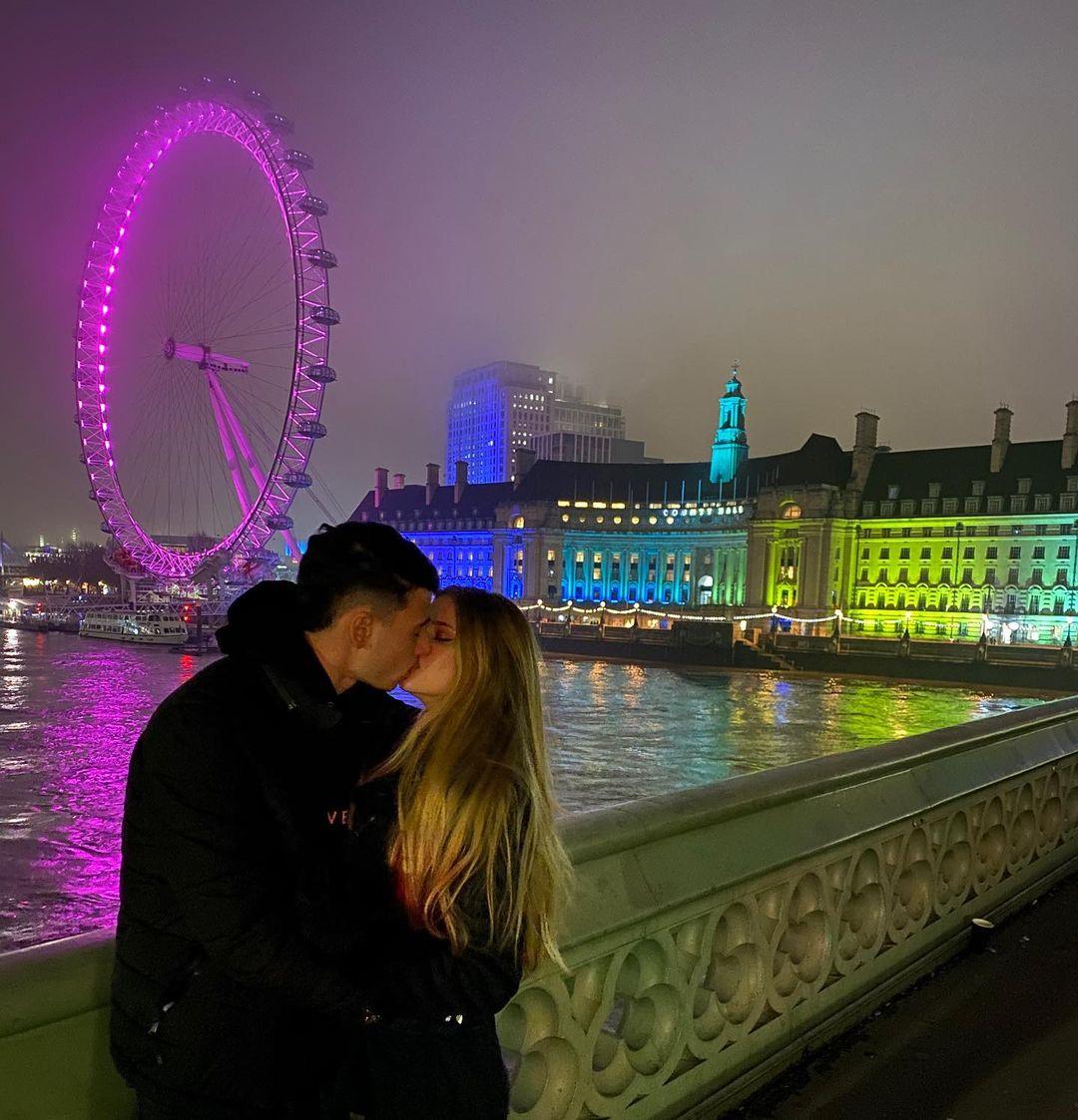 Gabriel Martinelli with his new girlfriend