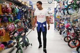 Kevin Martin for charity shopping