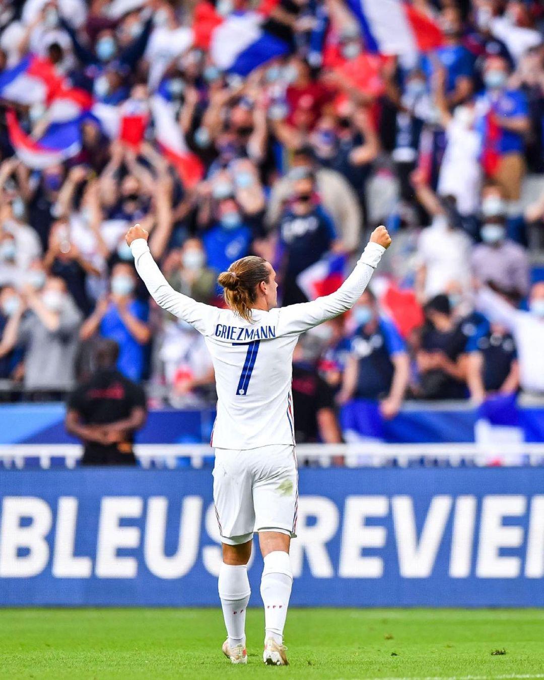 Antoine Greizmann top paid soccer