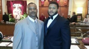 Aaron-Donald's Father with son Aaron