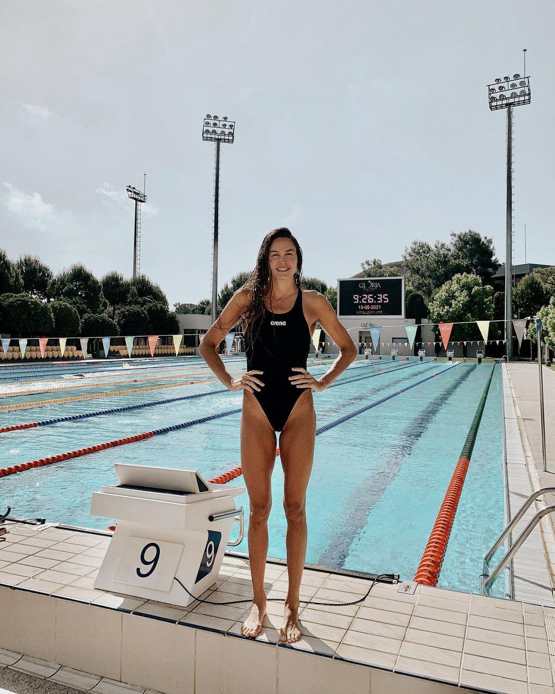 Zsuzsanna Jakabos in swim suit