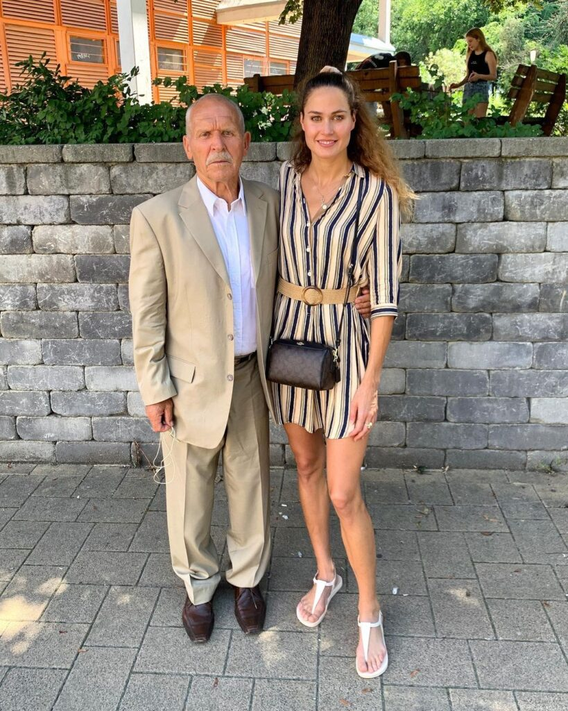 Zsuzsanna Jakabos with her first coach