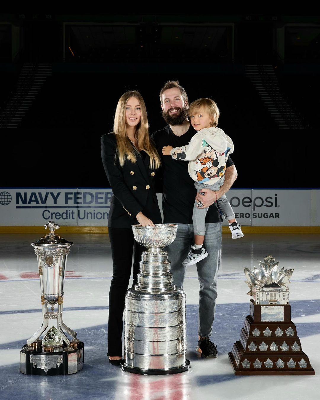 Nikita Kucherov, Anastasia Kucherova And Max Kucherov Photoshoot As A Family (Source: Instagram: nikitakucherov86)