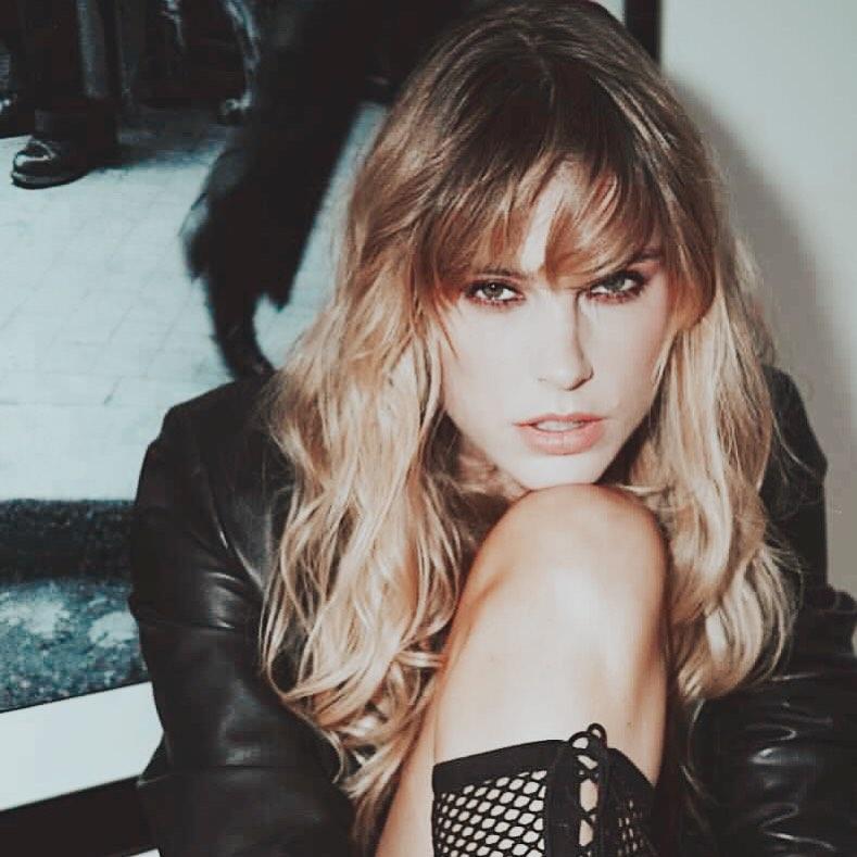 Latvian model Alisa Znarok also known as the girlfriend of Artemi Panarin (Source: Instagram)