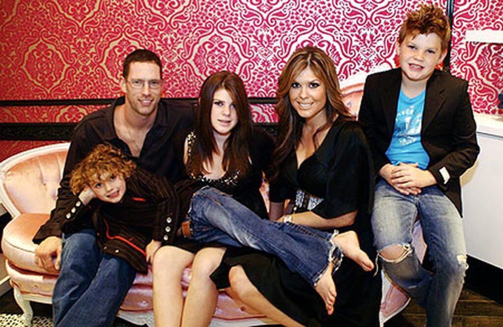Kyle Farnsworth's wife & kids