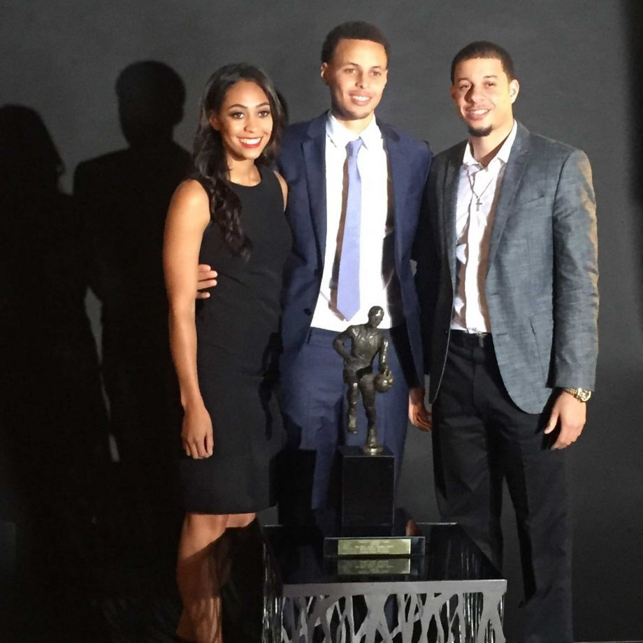 Sydel-curry-with-seth-and-stephen-curry
