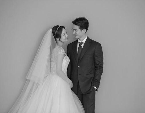 Lee Dae Hoon with wife Ahn Yu-Shin. (Source: @lee.dae.hoon)